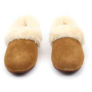 ca5fe931c5d UGG Kendyl Chestnut Sheepskin Cuff Slippers 🐑♥️ Boutique